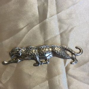 Jewelry - Leopard Brooch
